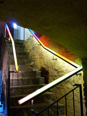 Erdzeitalter im Treppengeländer